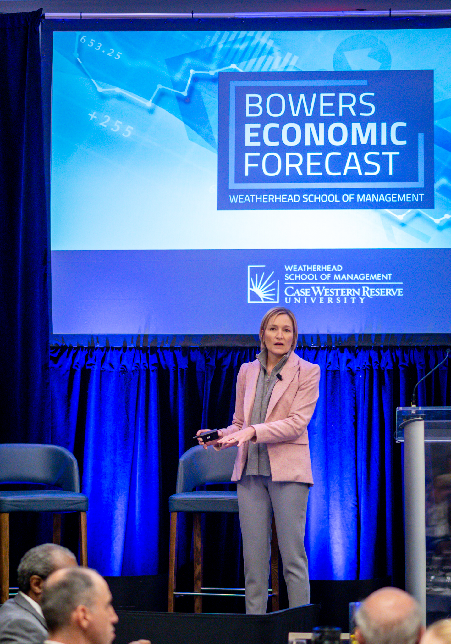 Morgan Stanley's Chief U.S. Economist Ellen Zentner Presents Economic Forecast, Connects with Case Western Reserve Students
