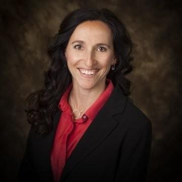 Peer Coaching Offers Unexpected Benefits in Women's Leadership Program